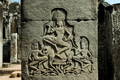 バイヨン寺院にあるアプサラの壁画