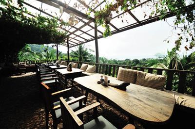 f1-veranda-2