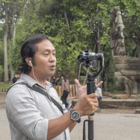 オンラインは楽しい!Enjoy online contents of Cambodia