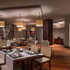 5ツ星ホテル、ルメリディアン・アンコールの本格イタリアンレストランの新メニュー