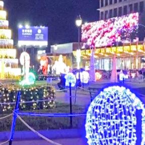 ナーガホテル前のクリスマスイルミネーション
